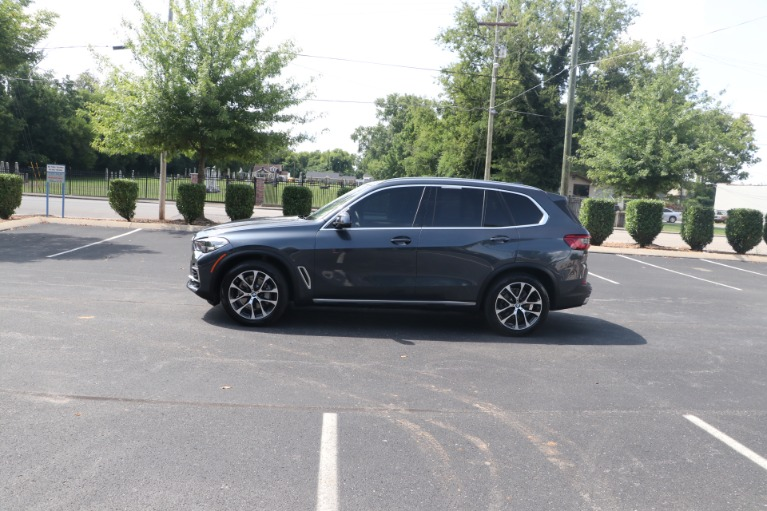 Used 2020 BMW X5 sDrive40i RWD W/Convenience Package for sale $58,950 at Auto Collection in Murfreesboro TN 37130 7