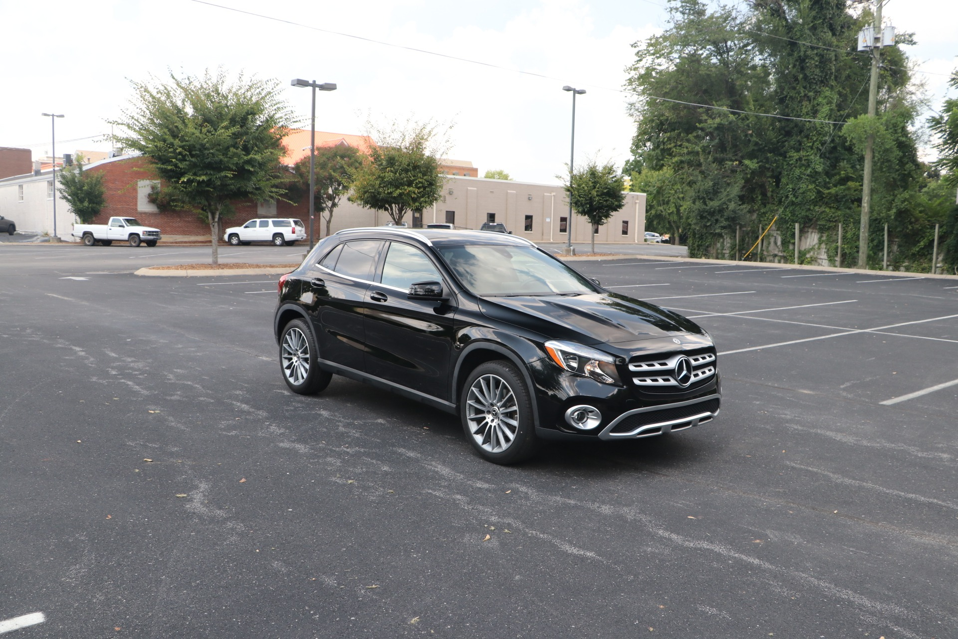 Used 2019 Mercedes-Benz GLA 250 FWD W/Panorama Roof for sale $31,500 at Auto Collection in Murfreesboro TN 37130 1