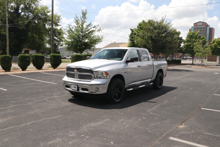 Used 2018 Ram 1500 Big Horn CREW CAB 4X4 W/NAV for sale $39,950 at Auto Collection in Murfreesboro TN 37130 2
