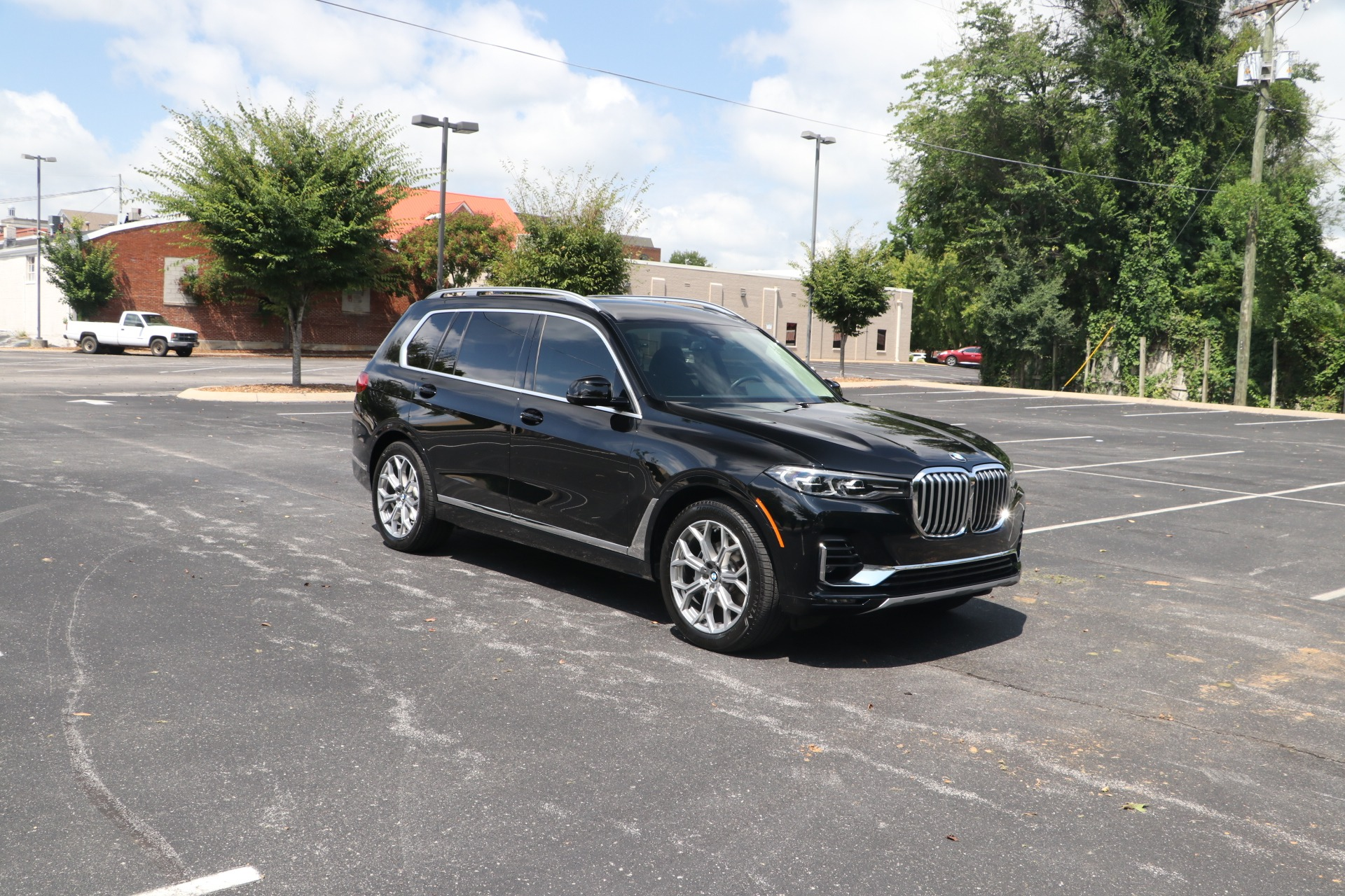 Used 2020 BMW X7 xDrive40i Sports Activity Vehicle for sale $79,950 at Auto Collection in Murfreesboro TN 37130 1