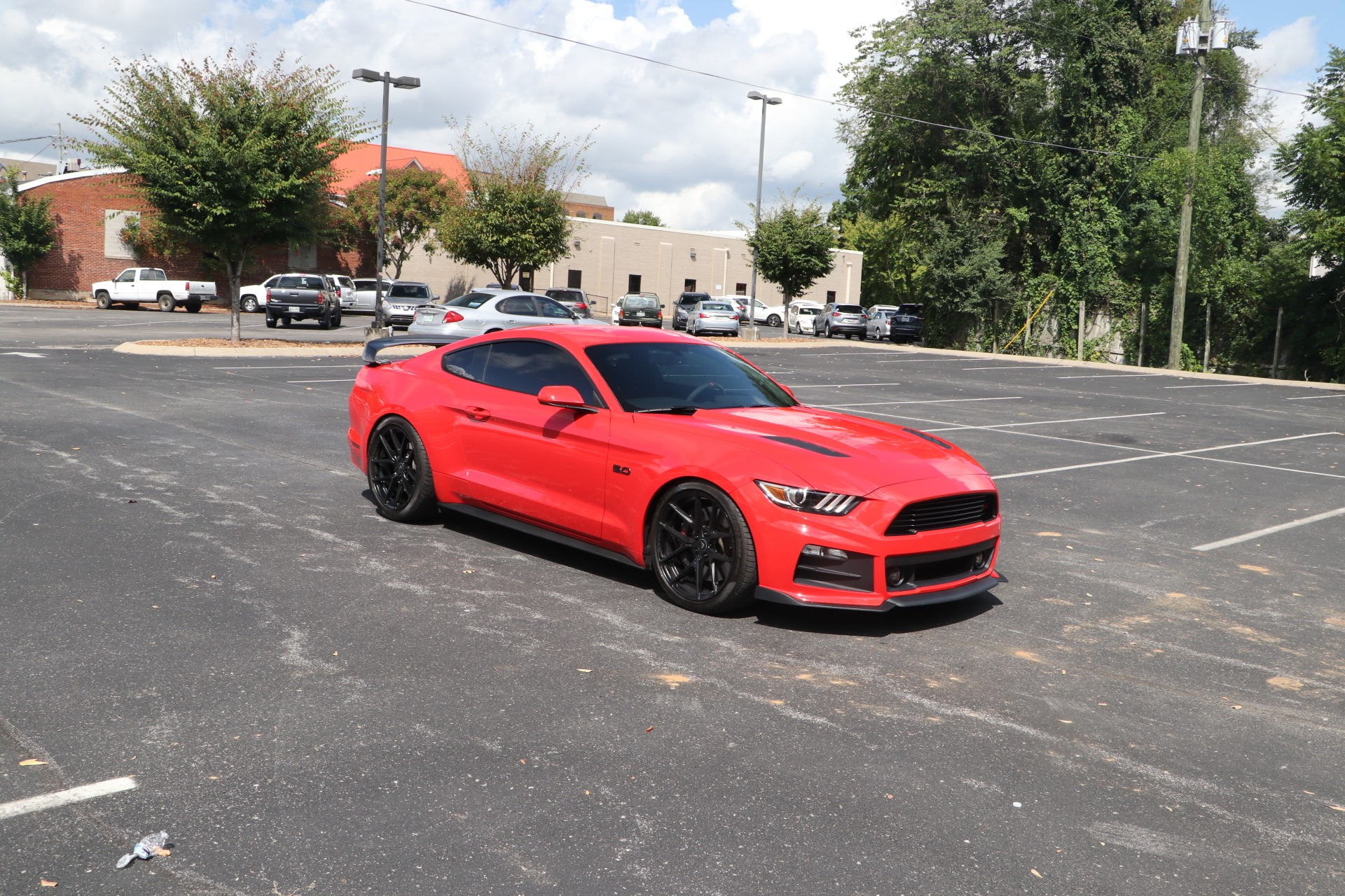 Used 2015 Ford Mustang GT COUPE W/GT PERFORMANCE PKG for sale $37,950 at Auto Collection in Murfreesboro TN 37130 1