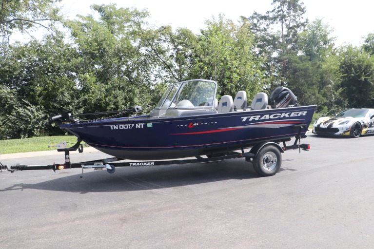 Used 2015 TRACKER DEEP V PGV16 for sale $20,950 at Auto Collection in Murfreesboro TN 37130 3