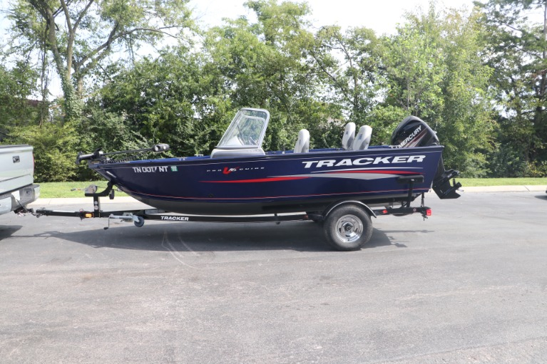 Used 2015 TRACKER DEEP V PGV16 for sale $20,950 at Auto Collection in Murfreesboro TN 37130 4