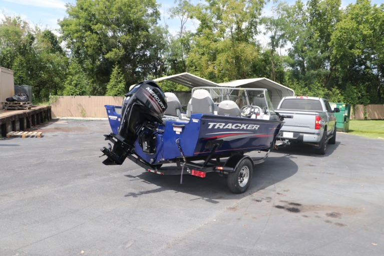 Used 2015 TRACKER DEEP V PGV16 for sale $20,950 at Auto Collection in Murfreesboro TN 37130 8