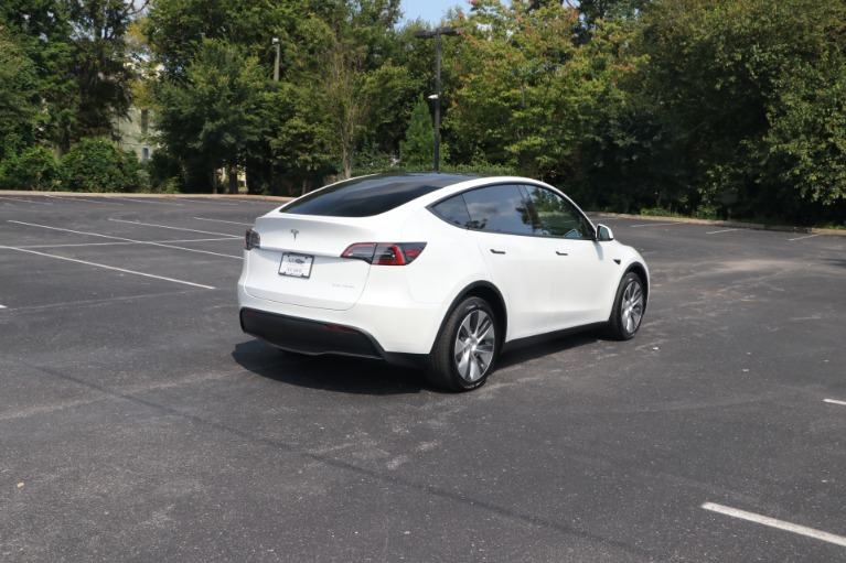 Used 2021 Tesla Model Y Long Range AWD W/AUTOPILOT for sale $66,950 at Auto Collection in Murfreesboro TN 37130 3