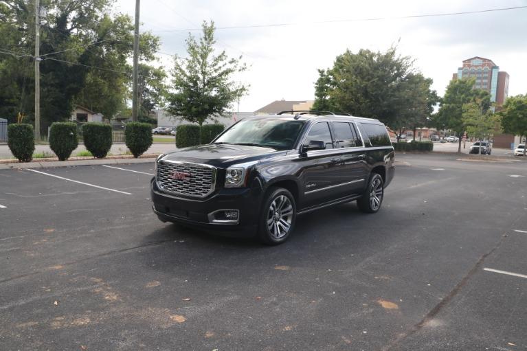 Used 2020 GMC Yukon XL Denali 4WD W/DENALI PREMIUM PKG for sale $70,950 at Auto Collection in Murfreesboro TN 37130 2