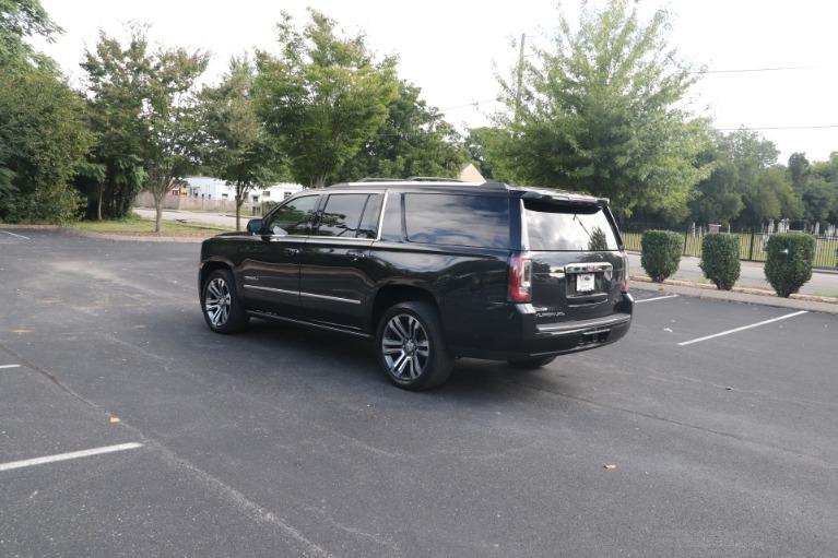 Used 2020 GMC Yukon XL Denali 4WD W/DENALI PREMIUM PKG for sale $70,950 at Auto Collection in Murfreesboro TN 37130 4