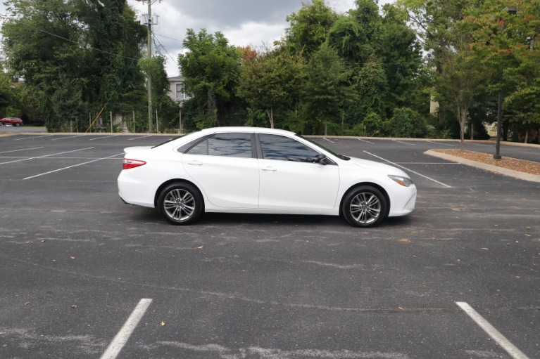Used 2015 Toyota Camry SE FWD for sale $13,450 at Auto Collection in Murfreesboro TN 37130 8