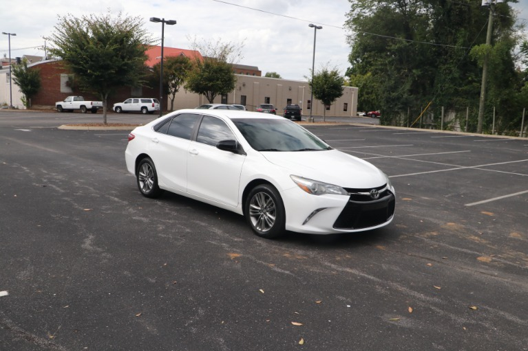 Used Used 2015 Toyota Camry SE FWD for sale $13,450 at Auto Collection in Murfreesboro TN