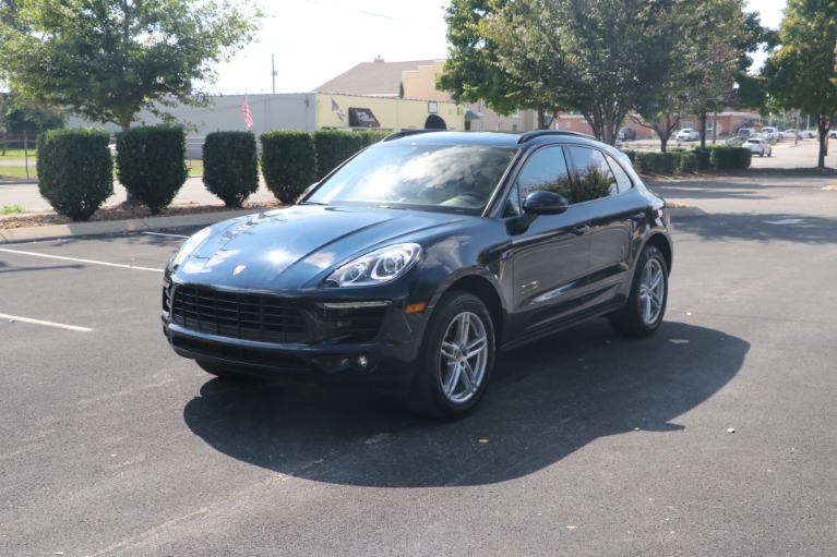 Used 2018 Porsche Macan AWD PANORAMIC SUNROOF W/NAV for sale $46,750 at Auto Collection in Murfreesboro TN 37130 2
