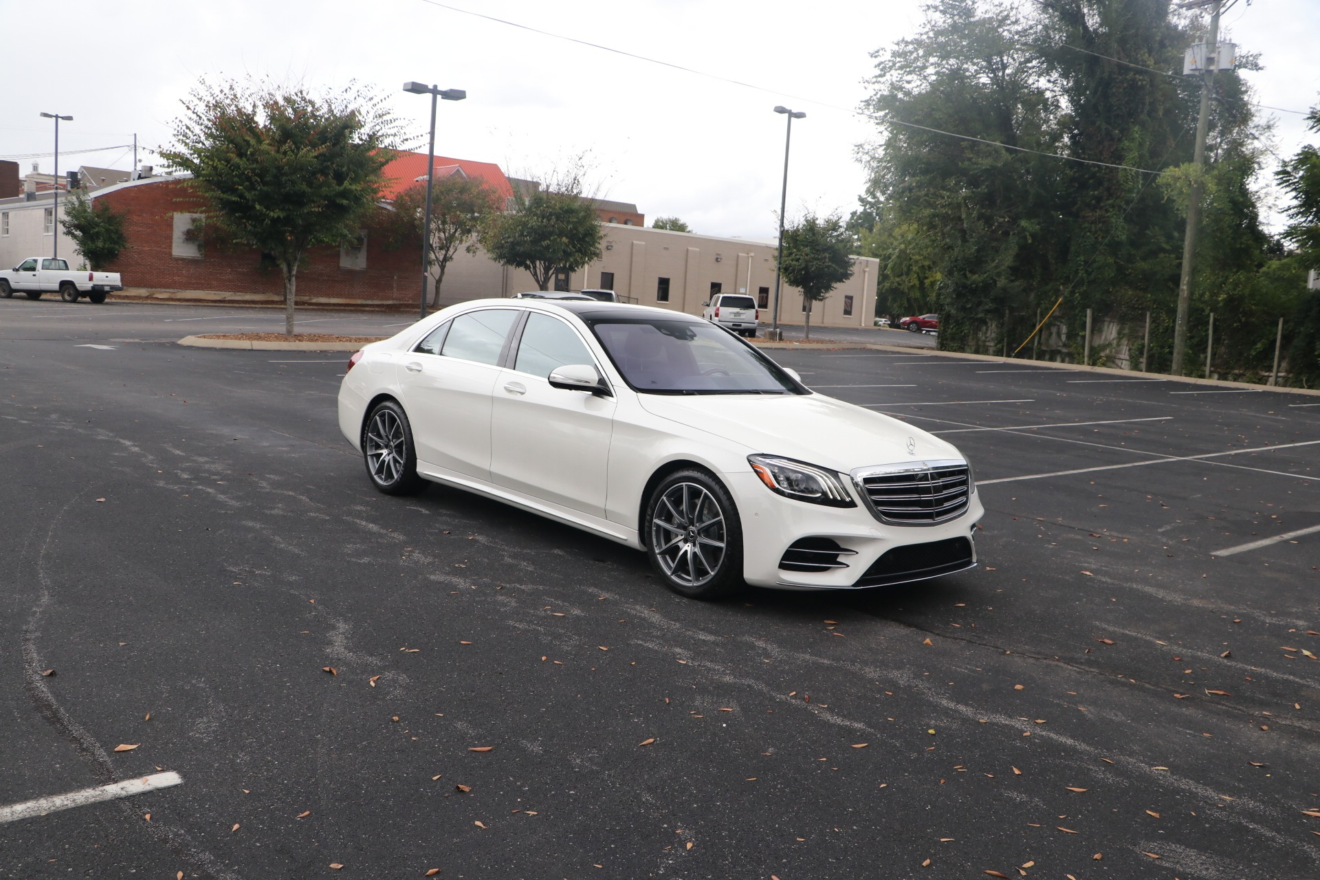 Used 2018 Mercedes-Benz S 560 PREMIUM 1 AMG LINE W/NAV for sale $70,860 at Auto Collection in Murfreesboro TN 37130 1