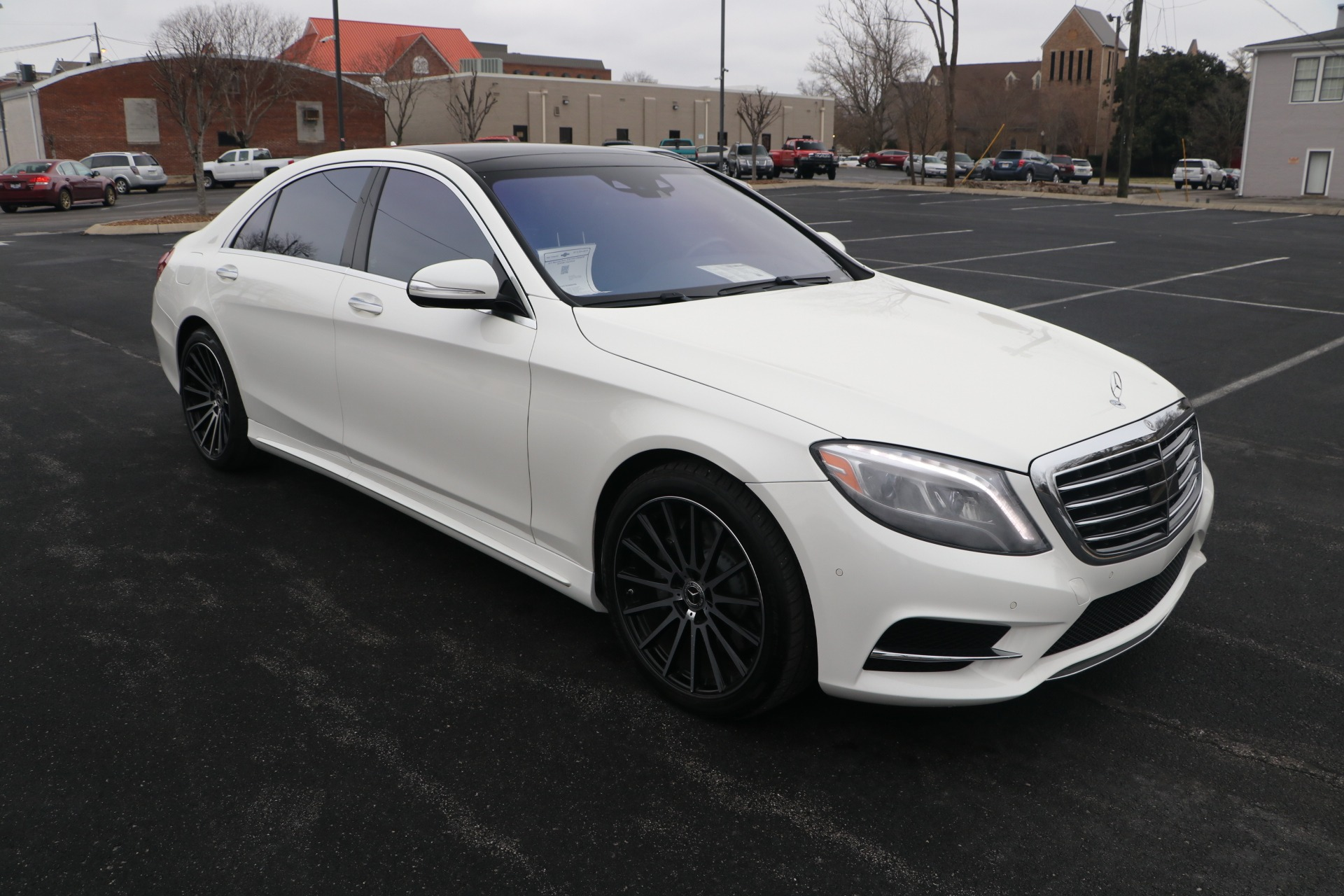 Used 2017 Mercedes-Benz S550 RWD PREMIUM W/SPORT PACKAGE for sale $51,576 at Auto Collection in Murfreesboro TN 37130 1