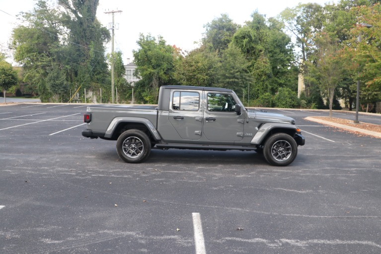 Used 2021 Jeep Gladiator Overland CREW CAB CONVERTIBLE 4X4 for sale $56,950 at Auto Collection in Murfreesboro TN 37130 8