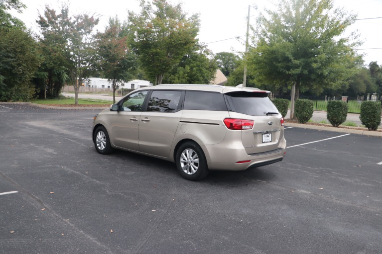 Used 2016 Kia Sedona LX W/LX Convenience Package W/ Rear dvd player for sale Sold at Auto Collection in Murfreesboro TN 37130 4