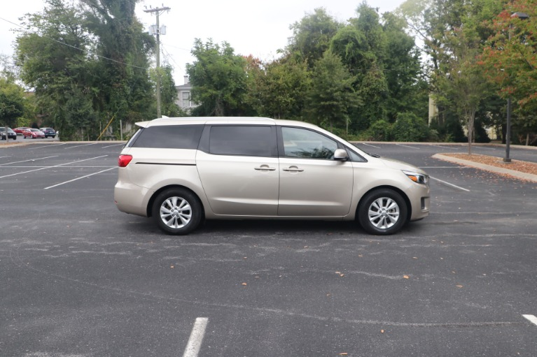 Used 2016 Kia Sedona LX W/LX Convenience Package W/ Rear dvd player for sale Sold at Auto Collection in Murfreesboro TN 37130 8