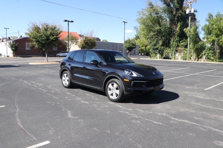 Used 2019 Porsche Cayenne AWD W/PREMIUM PACKAGE for sale $69,900 at Auto Collection in Murfreesboro TN 37130 1