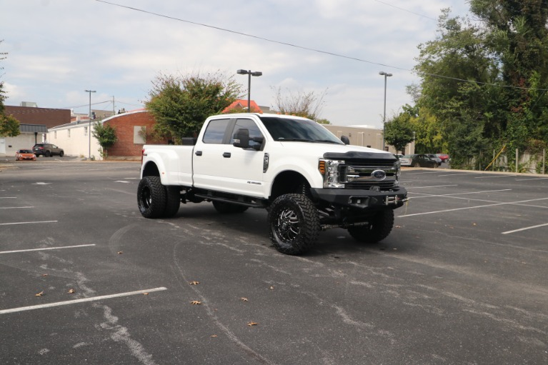 Used 2019 Ford F-350 Super Duty XL CREW CAB 4WD W/STX APPEARANCE PACKAGE for sale Sold at Auto Collection in Murfreesboro TN 37130 1